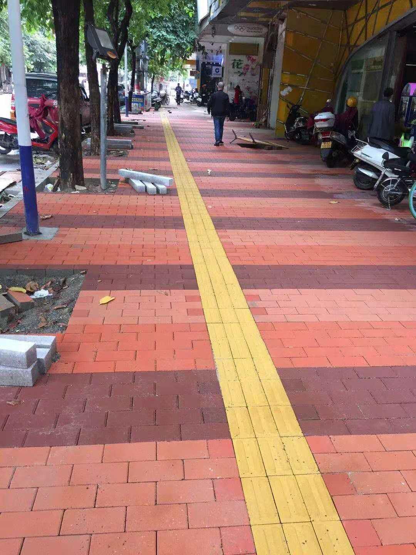 潮州市区黑底化步道砖2018年